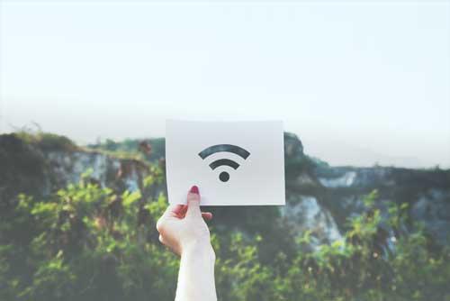 Internet er en af de måder man kan modtage sine TV kanaler på i dag.